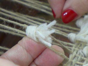 Tie Rya Knot - 5
