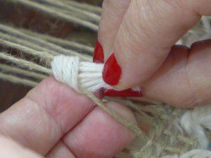 Tie Rya Knot - 6