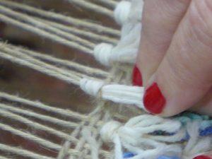 Tie Rya Knot - 7