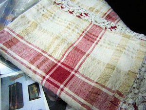 Linen dyed with Red Onion