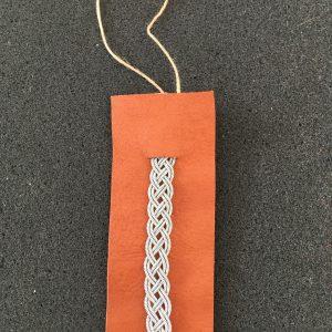 How to Make a Sami Bracelet